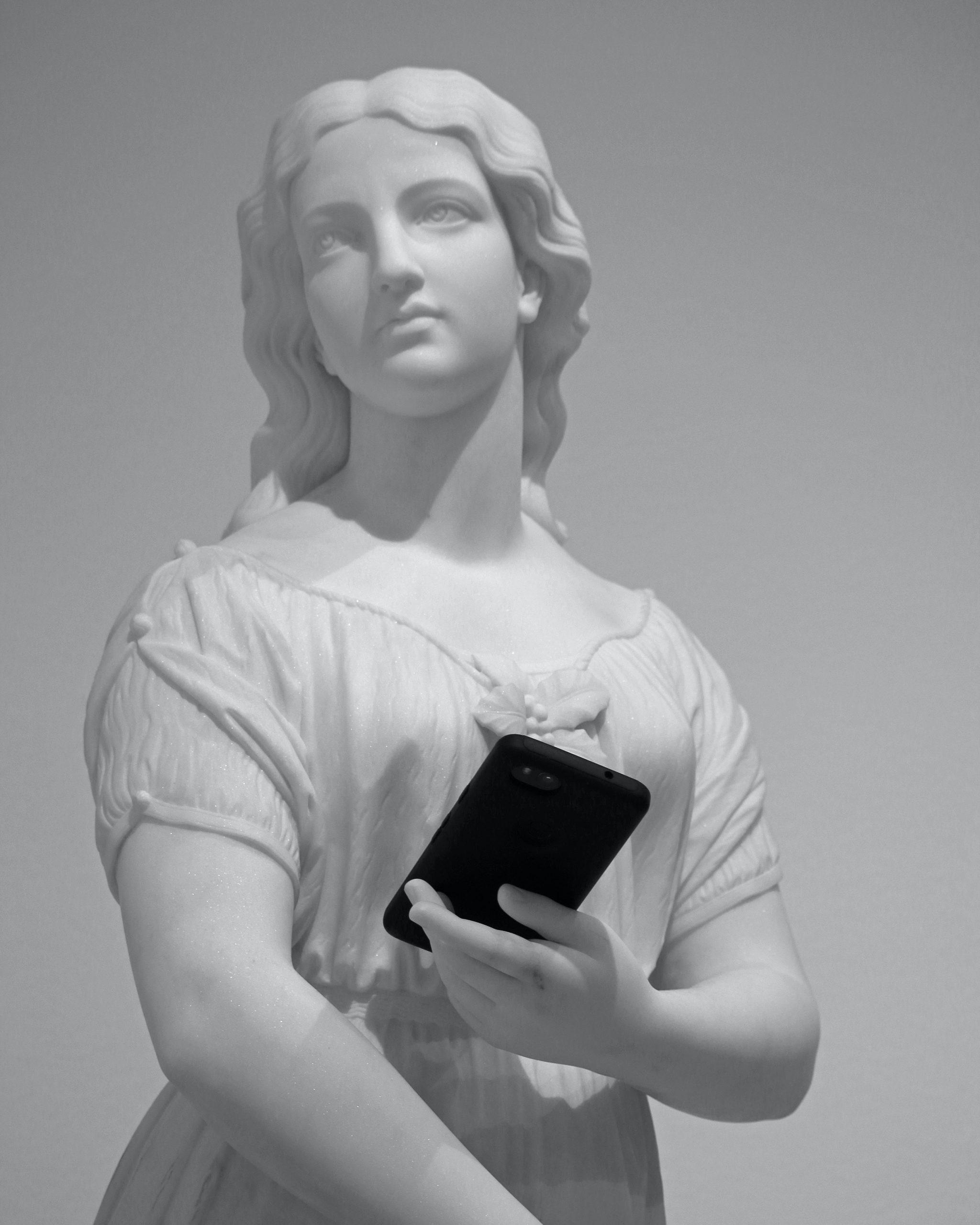 Kombination von Alter und Digitalität